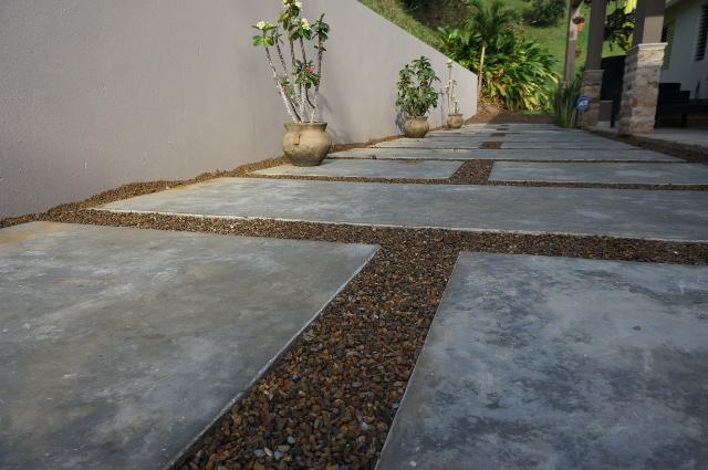 Corral n 1 de mayo for Cemento pulido exterior